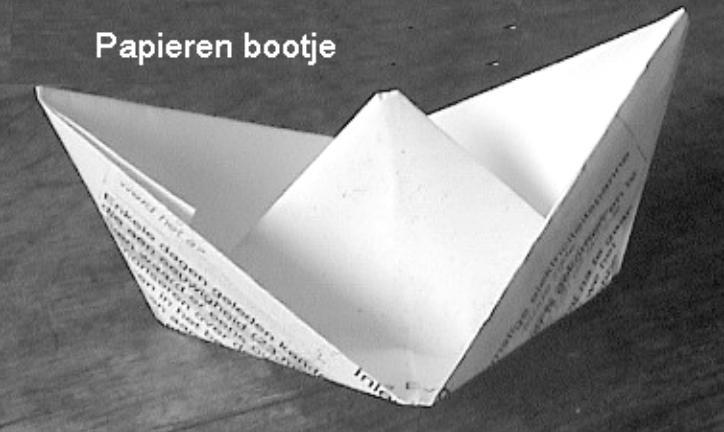 Papieren bootje